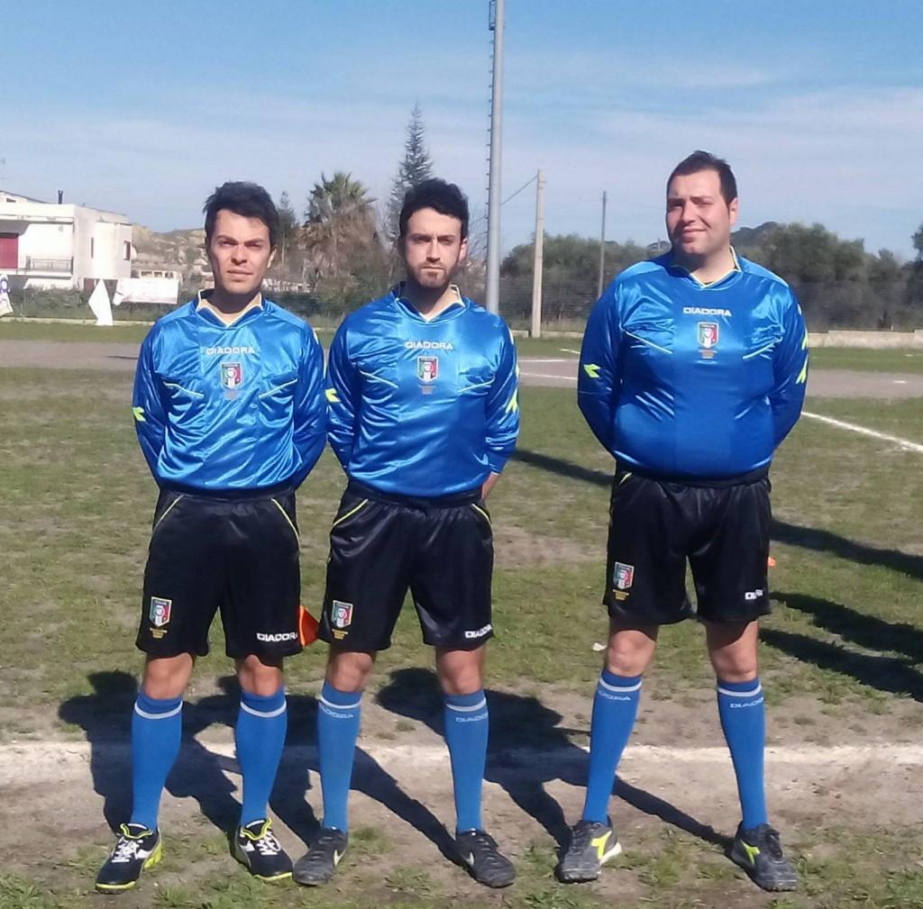 arbitro Baldari di Bernalda, al centro, con gli assistenti Favale e Gioia.