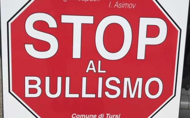 """""""Bullismo? No, grazie!"""": incontro all'Itset di Tursi"""