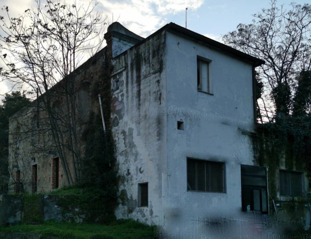 Storia della ex chiesa di S. Anna di Tursi (1630), e delle sue cappelle di giuspatronato laico, presto in abbandono come luogo di culto