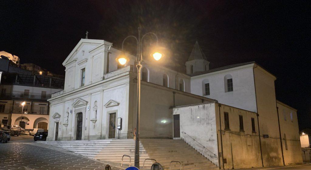 Vescovi, lavori, chiusure e crolli nella cattedrale di Tursi, nei secoli